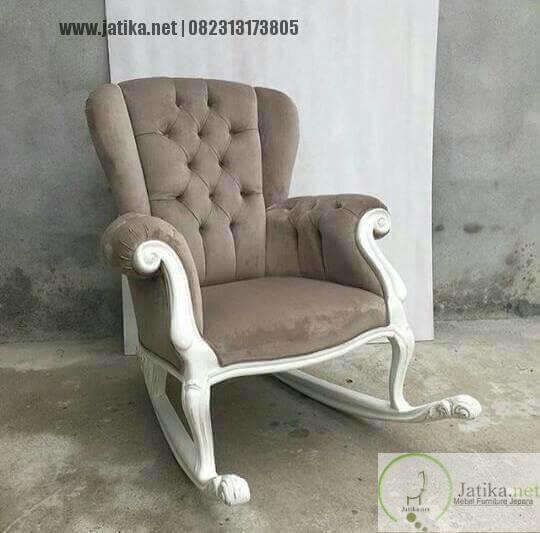Kursi Goyang Sofa Jok Bludru