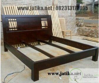 Set Tempat Tidur Minimalis Jati Modern