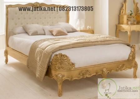 Tempat Tidur Ukiran Emas Jepara