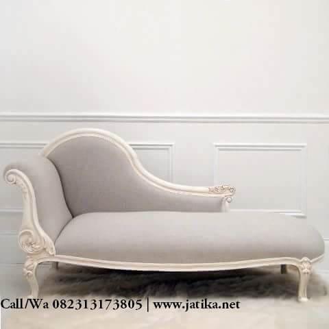 Kursi Sofa louis Cat Duco