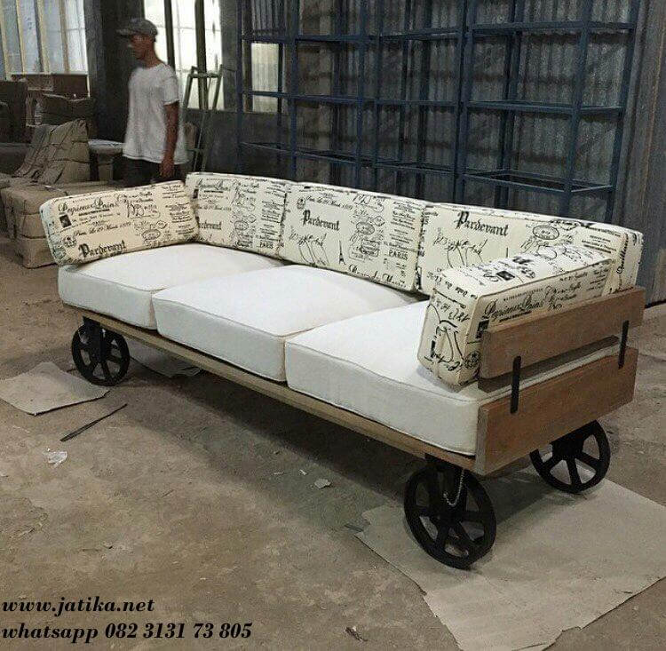 Bangku Sofa Roda Industrial Kombinasi Besi